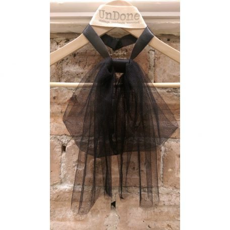 Tulle-Bow-and-Leather-Collar-Necklace-1.3